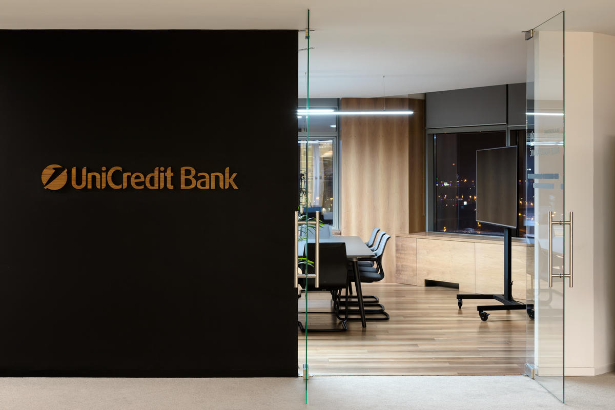 UniCredit Bank Office